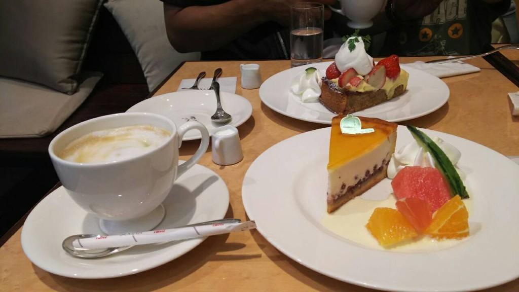 デリチュース チーズケーキ カフェラテ