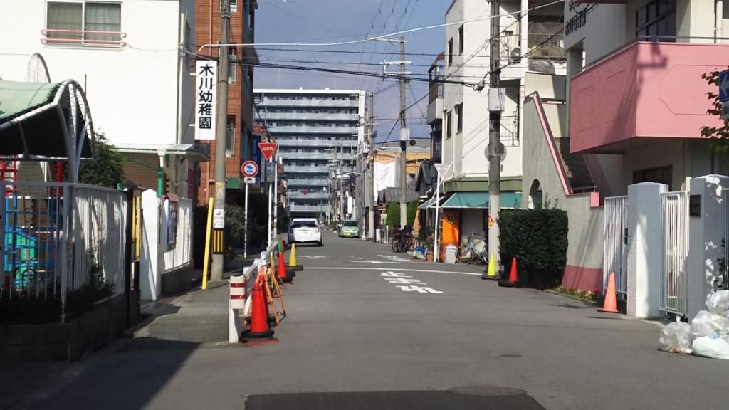 木川幼稚園前道路
