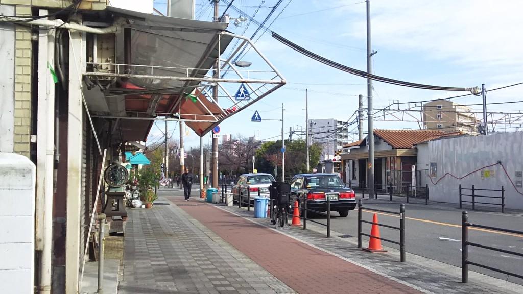 みん龍と東淀川駅