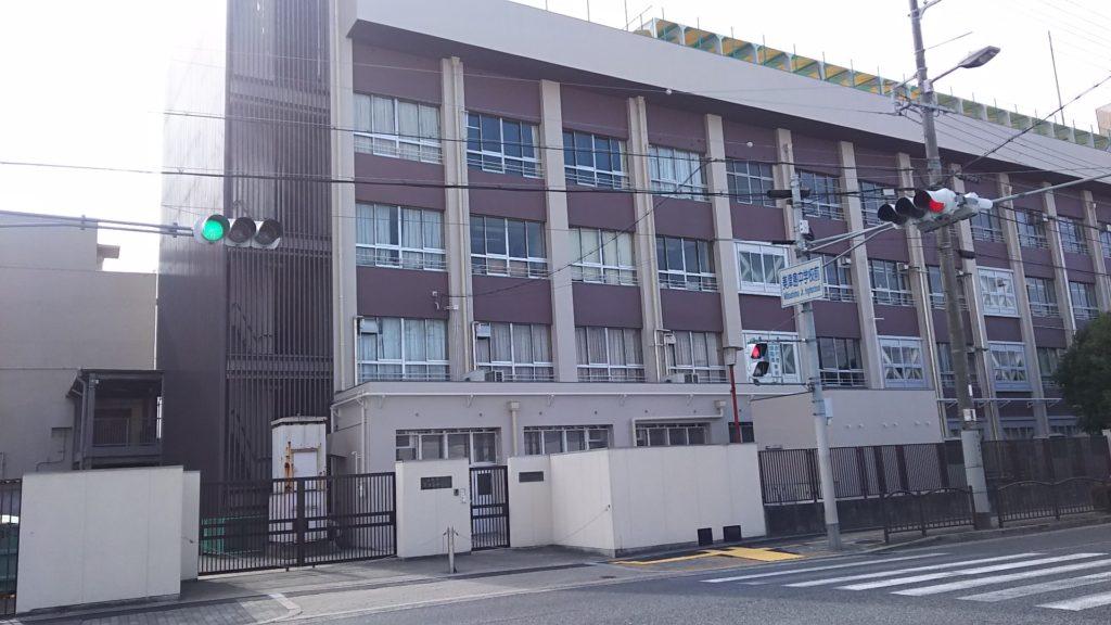 美津島中学校 外観