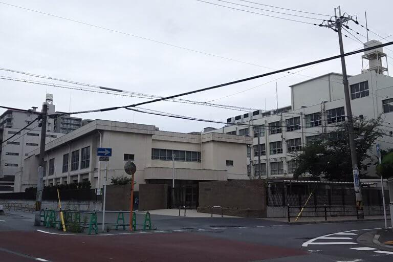 宮原中学校 外観