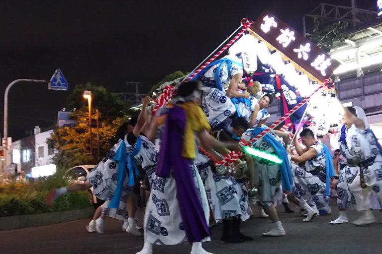 塚本駅前ロータリー 塚本神社 宮前太鼓