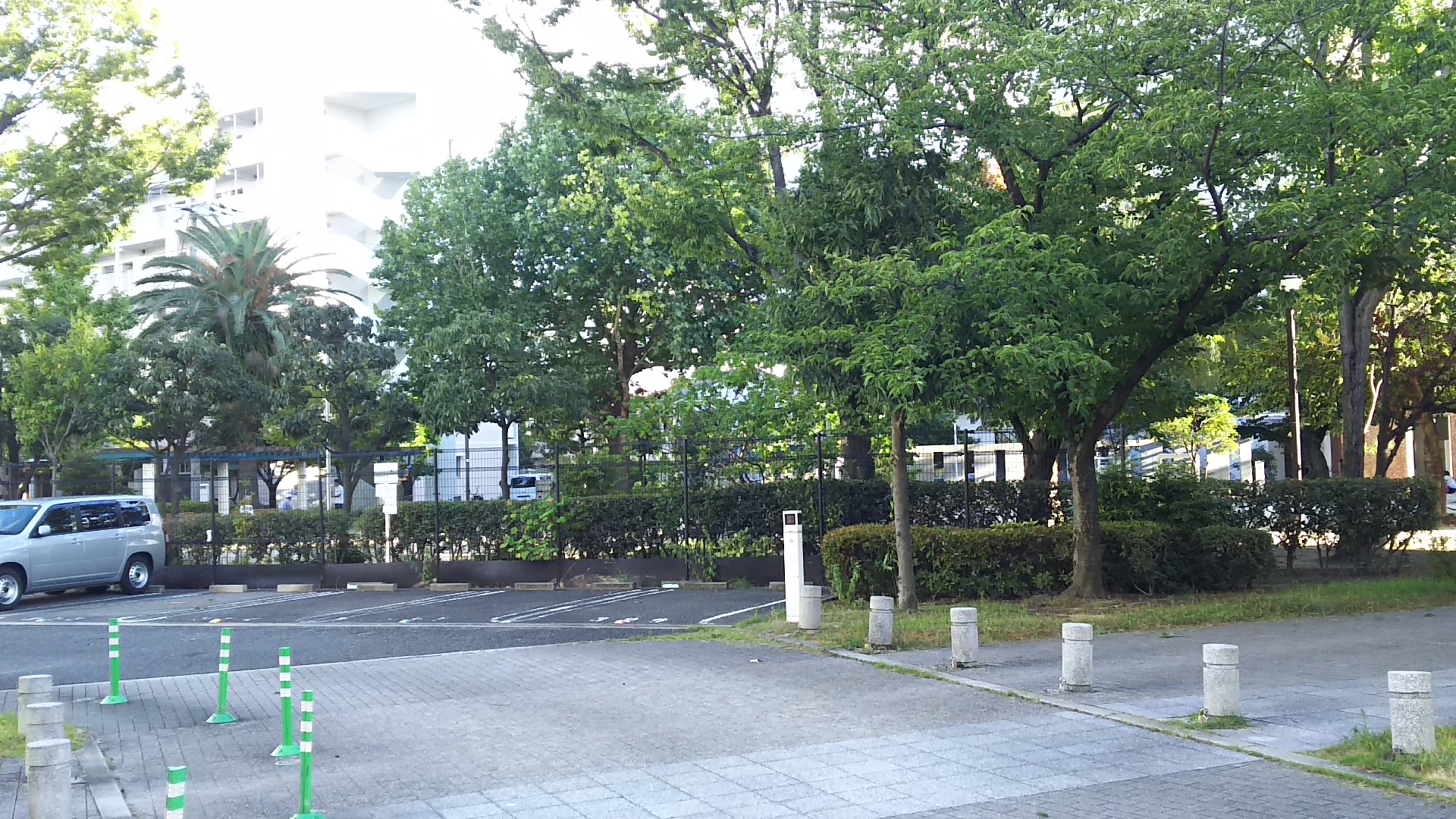 アーベイン東三国 広場