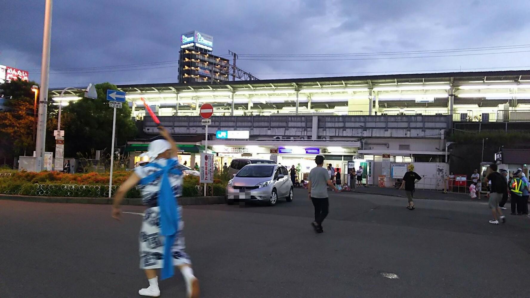 JR塚本駅前 ロータリー