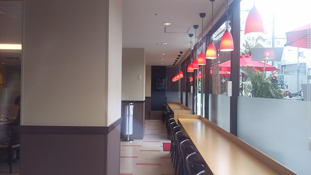カフェ ベローチェ 店内 南側 カウンター席