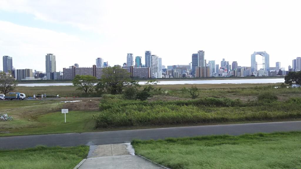 2018年10月1日 淀川河川敷 西中島地区 芝生広場 付近 淀川
