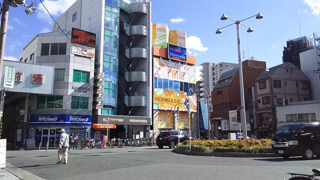 JR神戸線 塚本駅 東口 ロータリー 駅側から