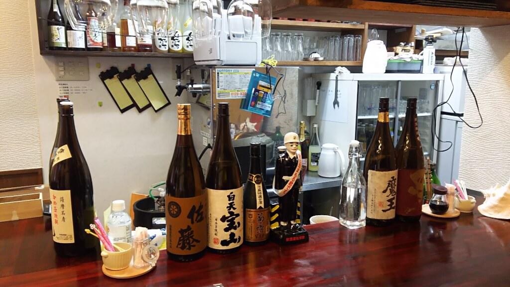 創作バル 沖縄 九州 まんた 焼酎 と 泡盛