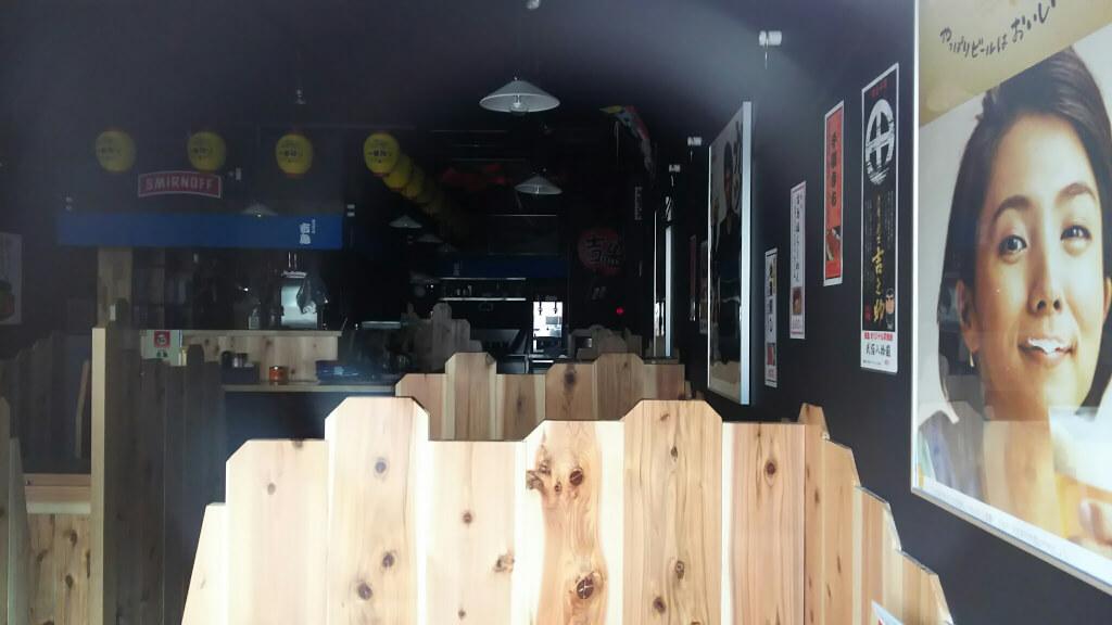 吉鳥 十三西店 開店前 店内の様子