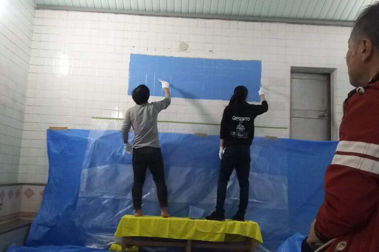 湯島ちょこ ライブ ペインティング 下地を塗る