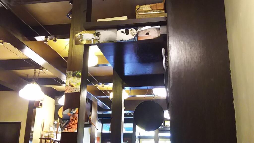喫茶文化茶屋 客席から 展示品
