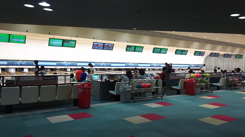 アザドビル 2階 ボーリングレーン