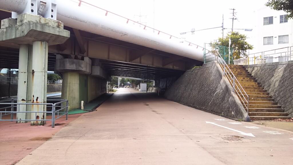 大野川緑陰道路 新歌島橋 高架下