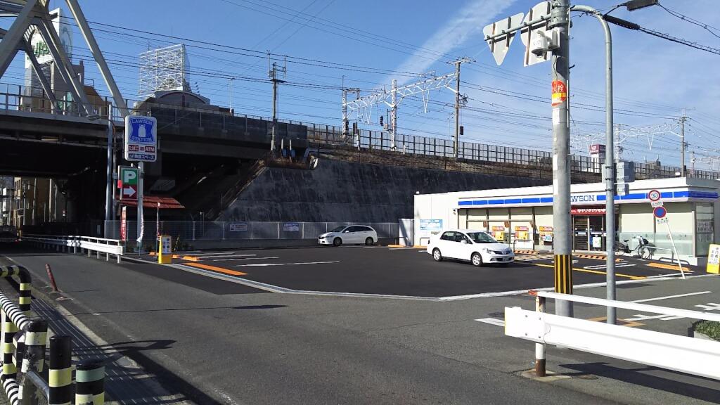ローソン 淀川塚本1丁目店 全体
