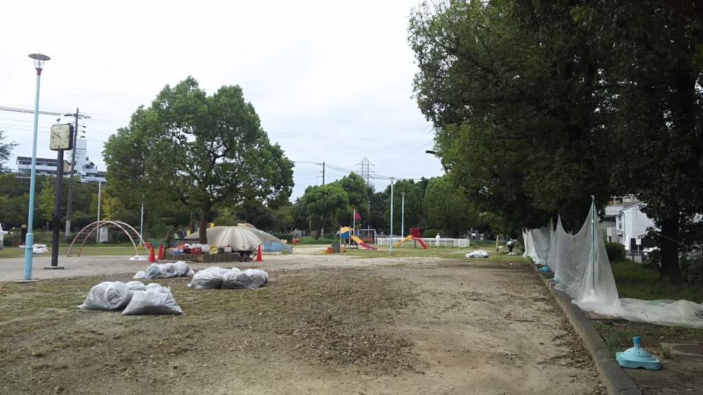 西淀公園 遊具側