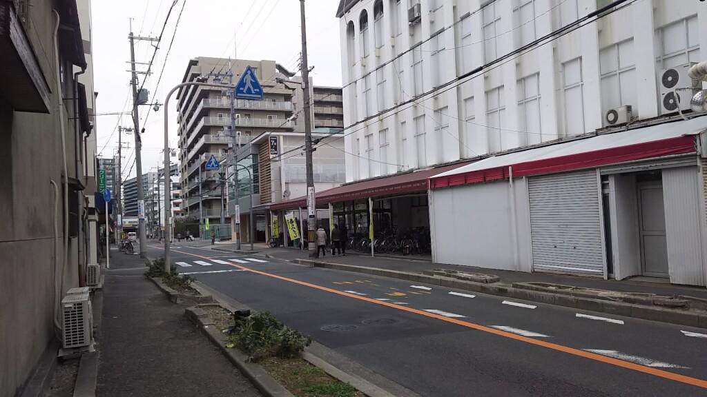 阪急神戸線 神崎川駅と グルメシティ 神崎川店
