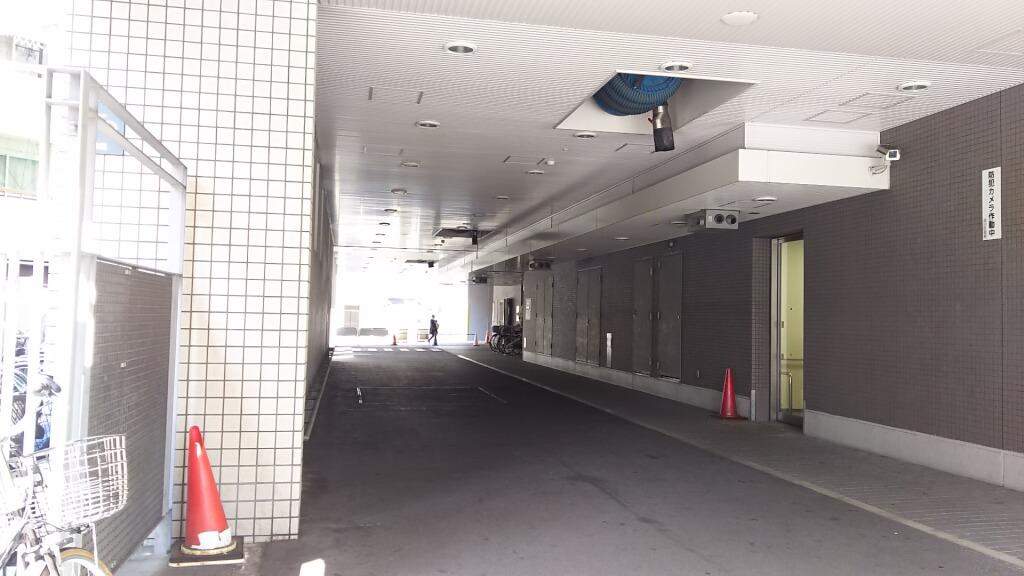 淀川区役所 夜間出入り口 付近