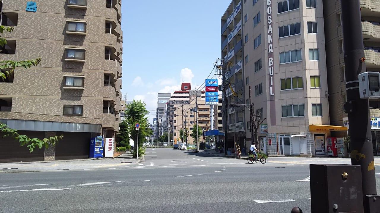 淀川通り 大阪メトロ 御堂筋線 西中島南方駅から 信号一つ 西